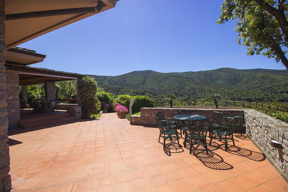 10-For-rent-luxury-villas-Italy-Antonio-Russo-Real-Estate-Villa-Elite-Punta-Ala-Tuscany.jpg