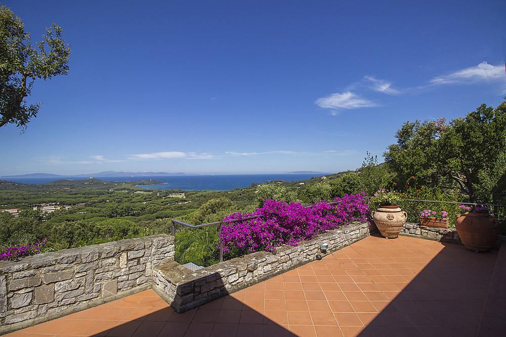 12-For-rent-luxury-villas-Italy-Antonio-Russo-Real-Estate-Villa-Elite-Punta-Ala-Tuscany.jpg