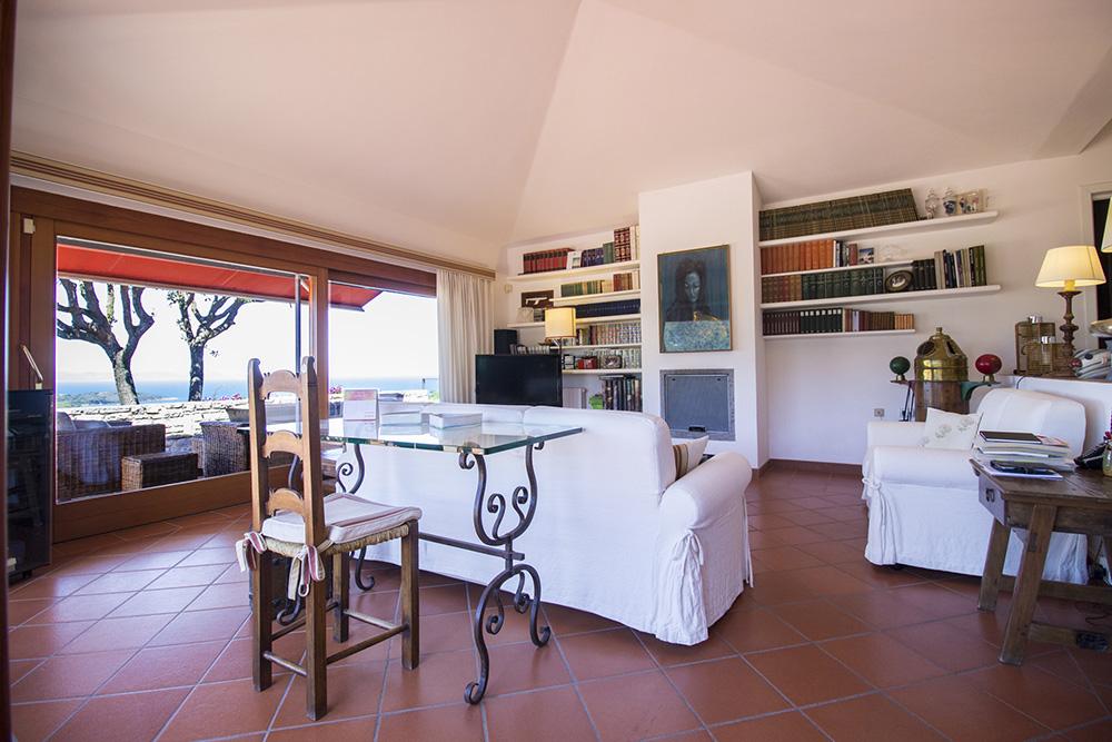 15-For-rent-luxury-villas-Italy-Antonio-Russo-Real-Estate-Villa-Elite-Punta-Ala-Tuscany.jpg