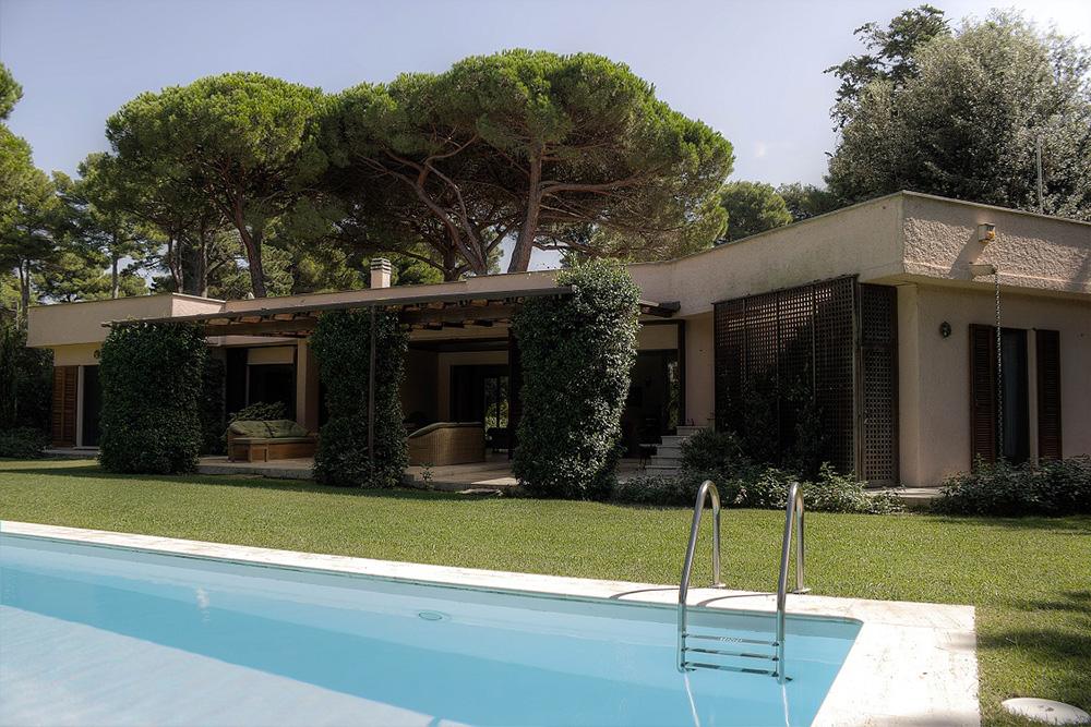 1-For-rent-luxury-villas-Italy-Antonio-Russo-Real-Estate-Villa-Ambrosia-Punta-Ala-Tuscany.jpg
