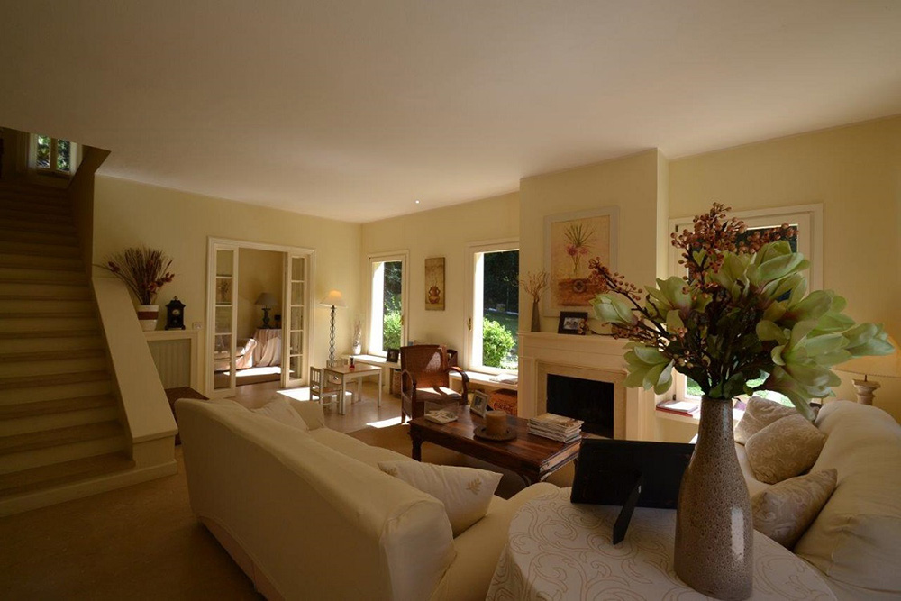2-For-rent-luxury-villas-Italy-Antonio-Russo-Real-Estate-Villa-Sole-Punta-Ala-Tuscany.jpg