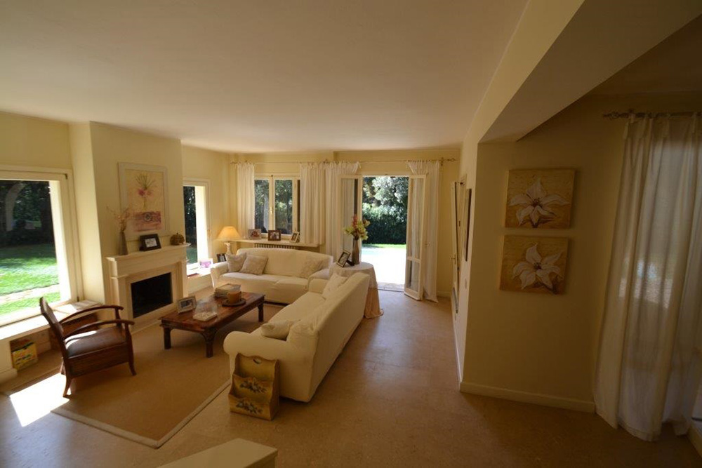 5-For-rent-luxury-villas-Italy-Antonio-Russo-Real-Estate-Villa-Sole-Punta-Ala-Tuscany.jpg