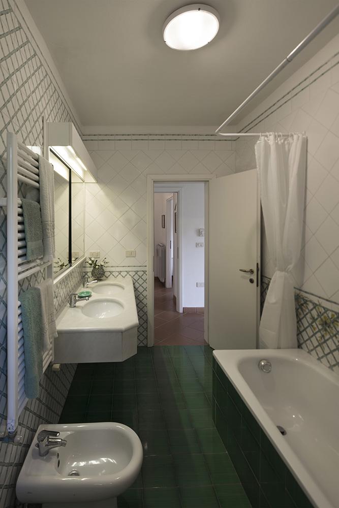 12-For-rent-luxury-villas-Italy-Antonio-Russo-Real-Estate-Villa-Fiorita-Punta-Ala-Tuscany.jpg