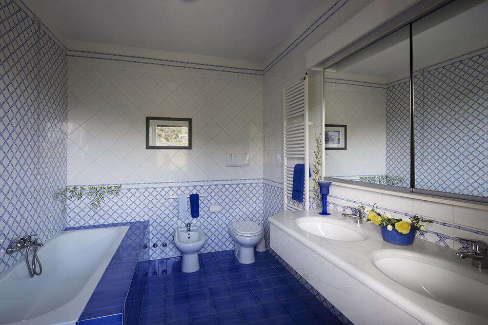 11-For-rent-luxury-villas-Italy-Antonio-Russo-Real-Estate-Villa-Fiorita-Punta-Ala-Tuscany.jpg