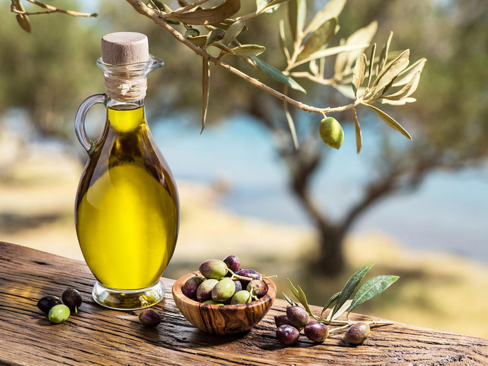 19-tuscany-olive-oil-antonio-russo-properties-news.jpg