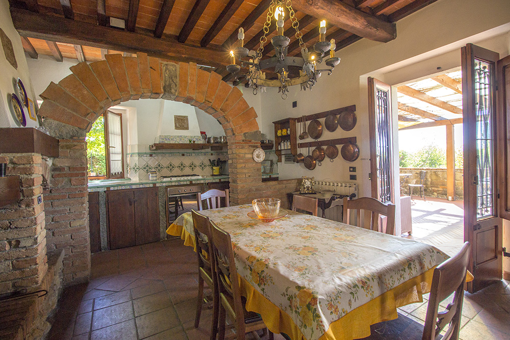 9-Casale-in-Valdarno-Farm-Terranuova-Bracciolini-Arezzo-Tuscany-For-sale-farmhouses-country-homes-in-Italy-Antonio-Russo-Real-Estate.jpg