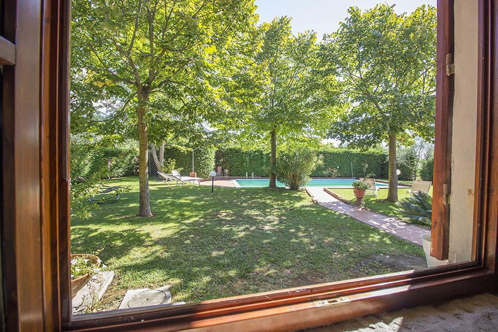 10-Casale-in-Valdarno-Farm-Terranuova-Bracciolini-Arezzo-Tuscany-For-sale-farmhouses-country-homes-in-Italy-Antonio-Russo-Real-Estate.jpg