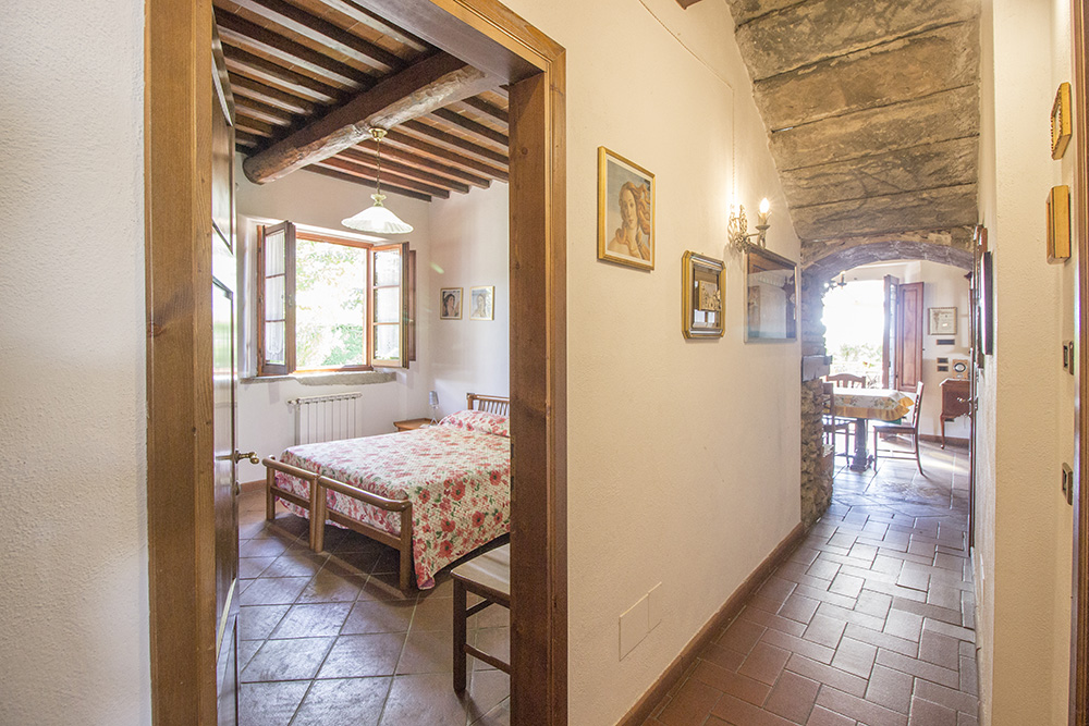 12-Casale-in-Valdarno-Farm-Terranuova-Bracciolini-Arezzo-Tuscany-For-sale-farmhouses-country-homes-in-Italy-Antonio-Russo-Real-Estate.jpg