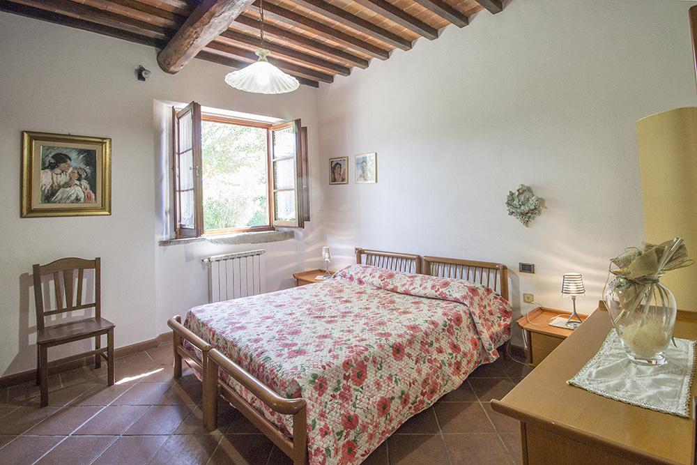 13-Casale-in-Valdarno-Farm-Terranuova-Bracciolini-Arezzo-Tuscany-For-sale-farmhouses-country-homes-in-Italy-Antonio-Russo-Real-Estate.jpg