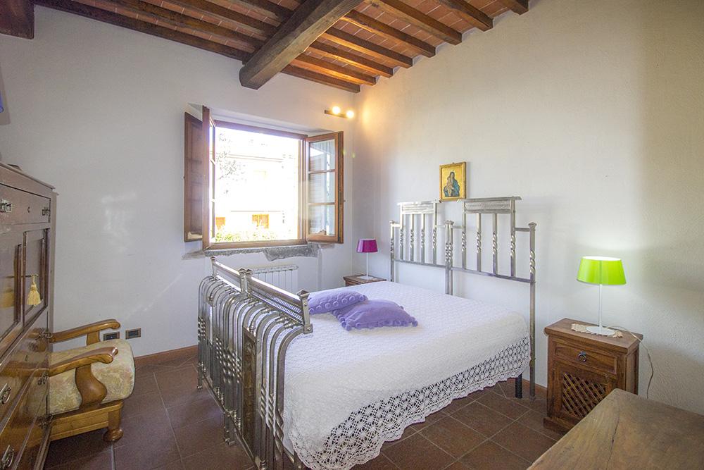 16-Casale-in-Valdarno-Farm-Terranuova-Bracciolini-Arezzo-Tuscany-For-sale-farmhouses-country-homes-in-Italy-Antonio-Russo-Real-Estate.jpg