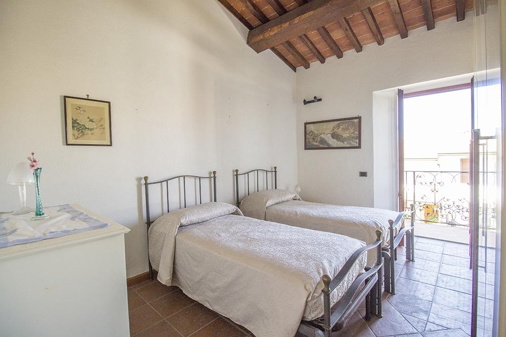 17-Casale-in-Valdarno-Farm-Terranuova-Bracciolini-Arezzo-Tuscany-For-sale-farmhouses-country-homes-in-Italy-Antonio-Russo-Real-Estate.jpg