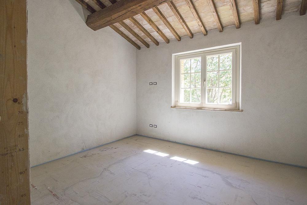 7-Casale-Il-Poggio-Farmhouse-Scansano-Montorgiali-Maremma-Tuscany-For-sale-farmhouses-country-homes-in-Italy-Antonio-Russo-Real-Estate.jpg