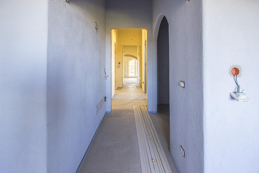 8-Casale-Il-Poggio-Farmhouse-Scansano-Montorgiali-Maremma-Tuscany-For-sale-farmhouses-country-homes-in-Italy-Antonio-Russo-Real-Estate.jpg