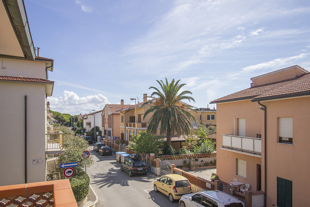 10-For-sale-exclusive-holiday-apartment-Italy-Antonio-Russo-Real-Estate-Villa-Il-Mare-Apartment-Castiglione-della-Pescaia-Tuscany.jpg