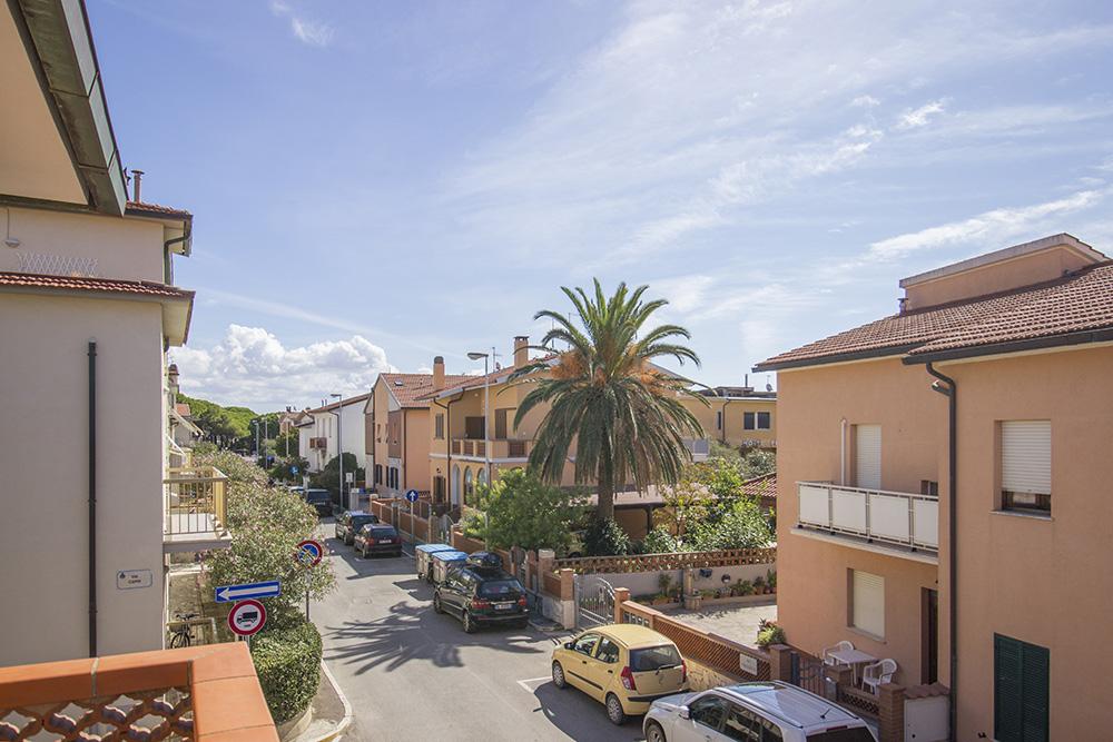 4-For-sale-exclusive-holiday-apartment-Italy-Antonio-Russo-Real-Estate-Montecristo-Apartment-Castiglione-della-Pescaia-Tuscany.jpg