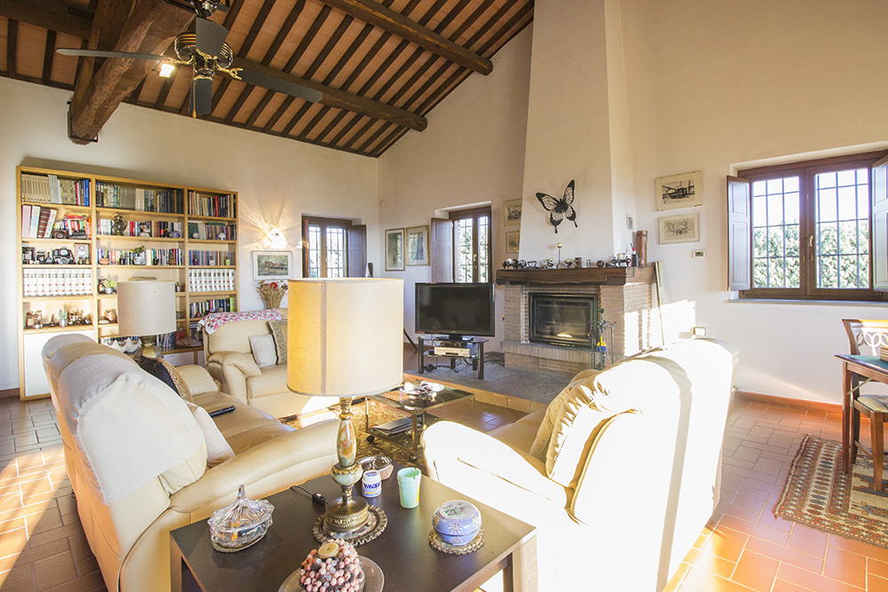 2-Casale-Preselle-Farmhouse-Scansano-Maremma-Tuscany-For-sale-farmhouses-country-homes-in-Italy-Antonio-Russo-Real-Estate.jpg