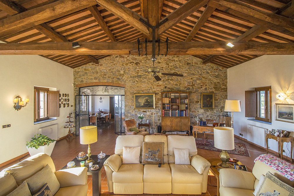 3-Casale-Preselle-Farmhouse-Scansano-Maremma-Tuscany-For-sale-farmhouses-country-homes-in-Italy-Antonio-Russo-Real-Estate.jpg
