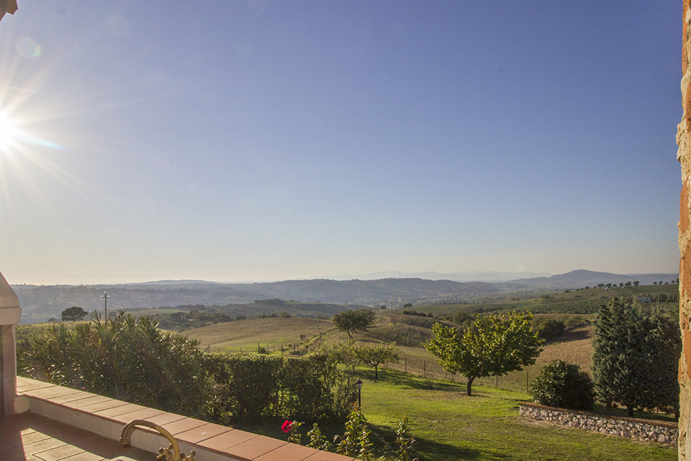 7-Casale-Preselle-Farmhouse-Scansano-Maremma-Tuscany-For-sale-farmhouses-country-homes-in-Italy-Antonio-Russo-Real-Estate.jpg