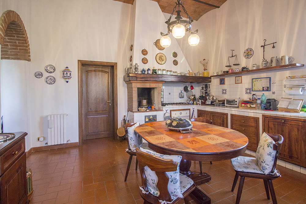 11-Casale-Preselle-Farmhouse-Scansano-Maremma-Tuscany-For-sale-farmhouses-country-homes-in-Italy-Antonio-Russo-Real-Estate.jpg