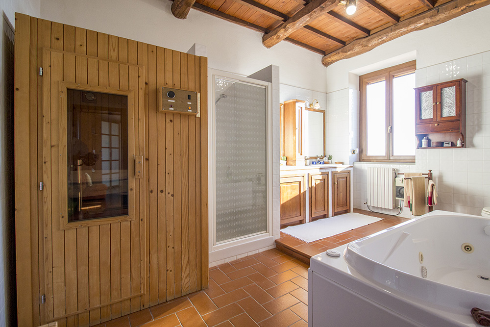 19-Casale-Preselle-Farmhouse-Scansano-Maremma-Tuscany-For-sale-farmhouses-country-homes-in-Italy-Antonio-Russo-Real-Estate.jpg