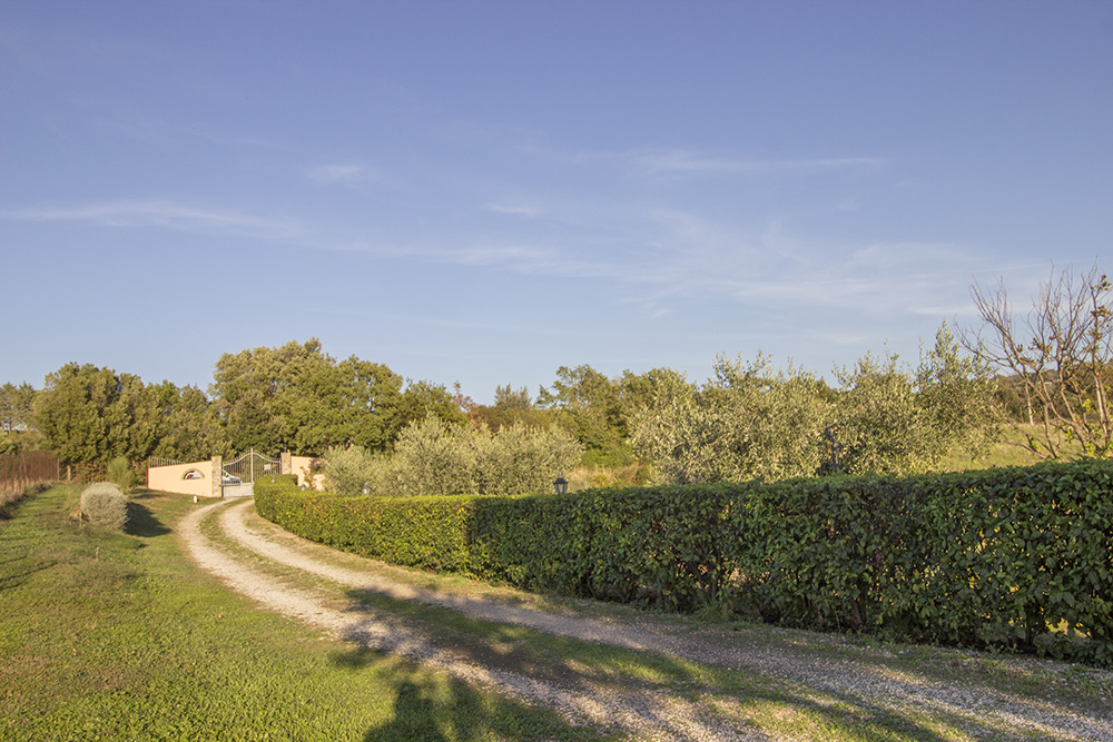 29-Casale-Preselle-Farmhouse-Scansano-Maremma-Tuscany-For-sale-farmhouses-country-homes-in-Italy-Antonio-Russo-Real-Estate.jpg