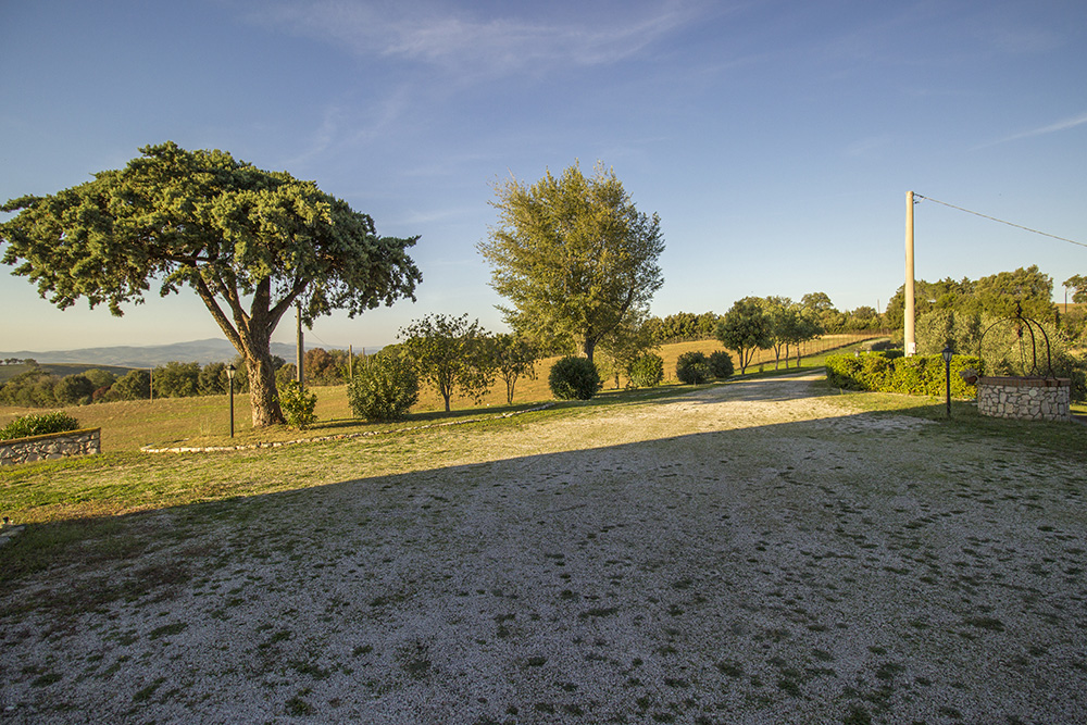28-Casale-Preselle-Farmhouse-Scansano-Maremma-Tuscany-For-sale-farmhouses-country-homes-in-Italy-Antonio-Russo-Real-Estate.jpg