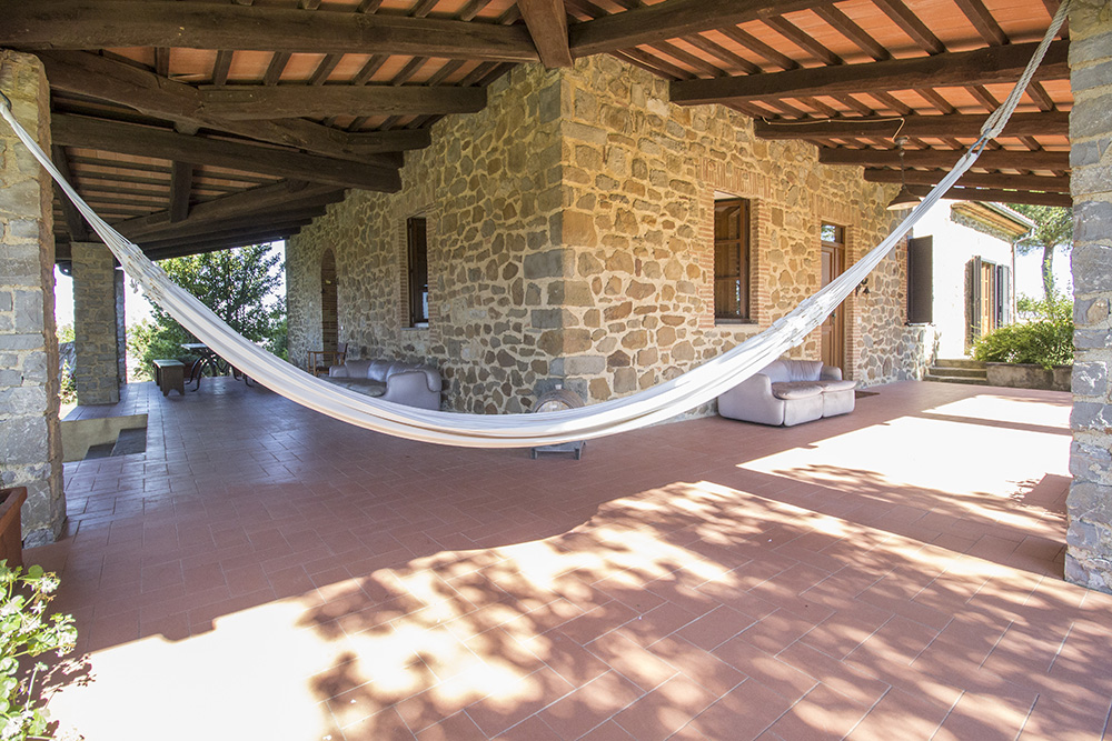 6-Casale-Val-delle-Vigne-Farm-Scansano-Maremma-Tuscany-For-sale-farmhouses-country-homes-in-Italy-Antonio-Russo-Real-Estate.jpg