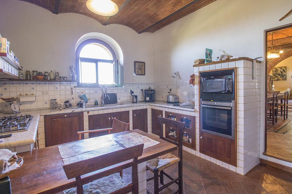 16-Casale-Val-delle-Vigne-Farm-Scansano-Maremma-Tuscany-For-sale-farmhouses-country-homes-in-Italy-Antonio-Russo-Real-Estate.jpg
