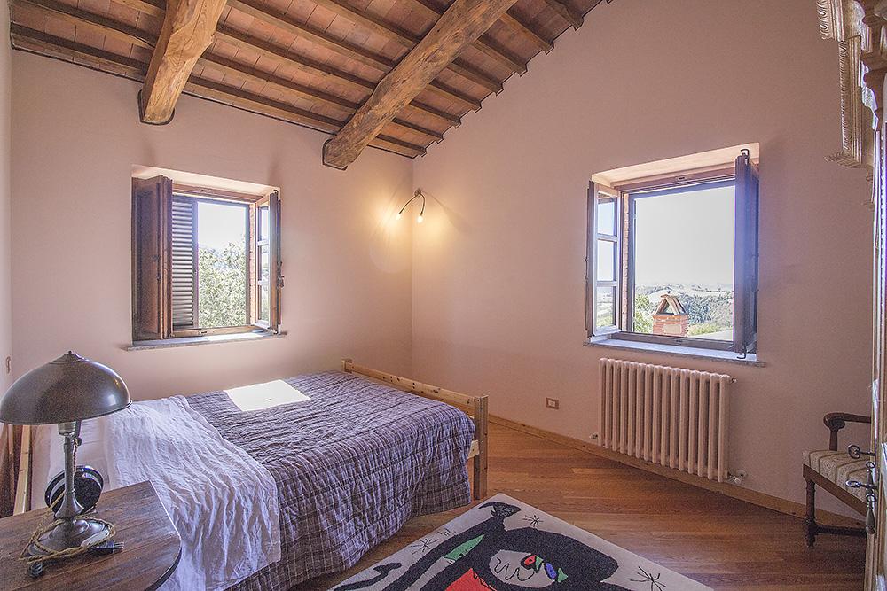 19-Casale-Val-delle-Vigne-Farm-Scansano-Maremma-Tuscany-For-sale-farmhouses-country-homes-in-Italy-Antonio-Russo-Real-Estate.jpg