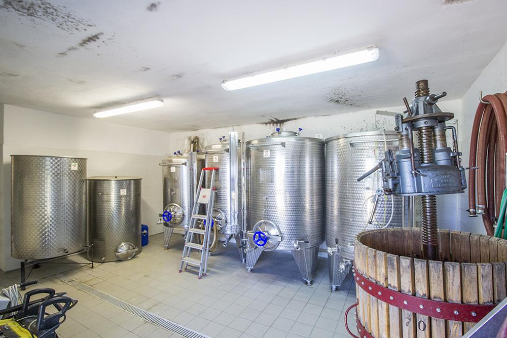 6-Working-Farm-Azienda-Agricola-Casale-Val-delle-Vigne-Scansano-Maremma-Tuscany-For-sale-farmhouses-country-homes-in-Italy-Antonio-Russo-Real-Estate.jpg