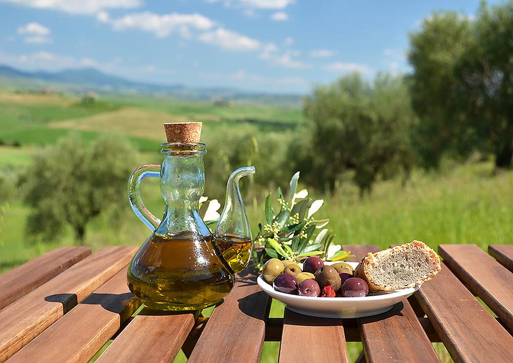 2-Olive-Oil-production-Farmhouse-Azienda-Agricola-Casale-Val-delle-Vigne-Scansano-Maremma-Tuscany-For-sale-working-farm-in-Italy-Antonio-Russo-Real-Estate.jpg
