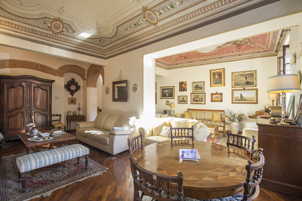 5-Historic-Center-Apartment-City-Grosseto-Citta-For-sale-exclusive-apartments-Italy-Antonio-Russo-Real-Estate.jpg