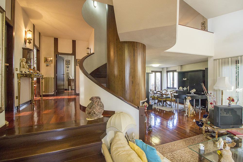 1-Villa-Casalecci-Grosseto-City-Citta-For-sale-luxury-villas-Italy-Antonio-Russo-Real-Estate.jpg