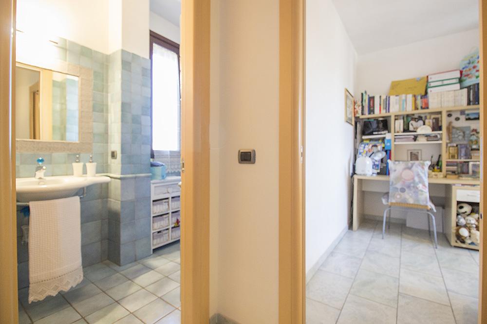 9-For-sale-exclusive-apartment-Italy-Antonio-Russo-Real-Estate-Crespi-Apartment-City-Grosseto-Citta-Tuscany.jpg