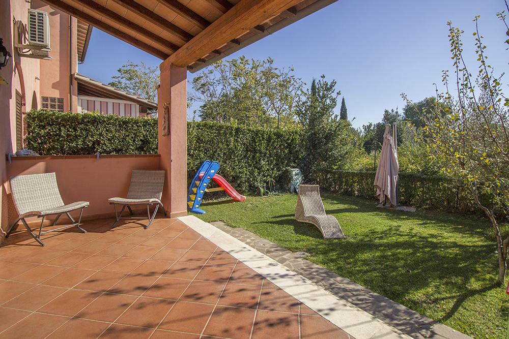 16-For-sale-exclusive-apartment-Italy-Antonio-Russo-Real-Estate-Crespi-Apartment-City-Grosseto-Citta-Tuscany.jpg