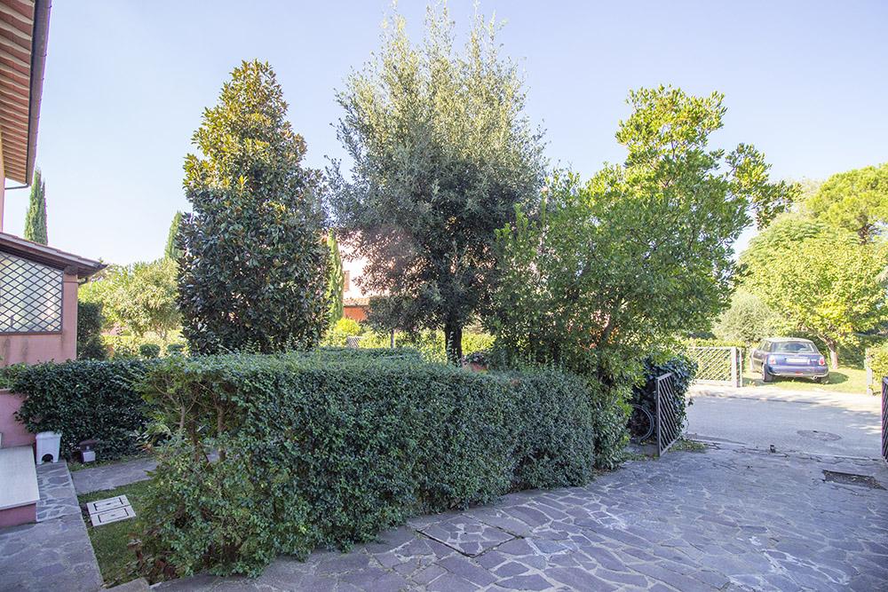 18-For-sale-exclusive-apartment-Italy-Antonio-Russo-Real-Estate-Crespi-Apartment-City-Grosseto-Citta-Tuscany.jpg