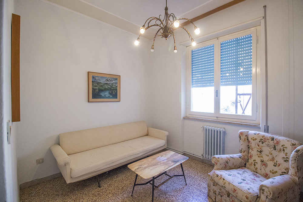 3-For-sale-exclusive-apartment-Italy-Antonio-Russo-Real-Estate-Via-Molise-Apartment-City-Grosseto-Citta-Tuscany.jpg