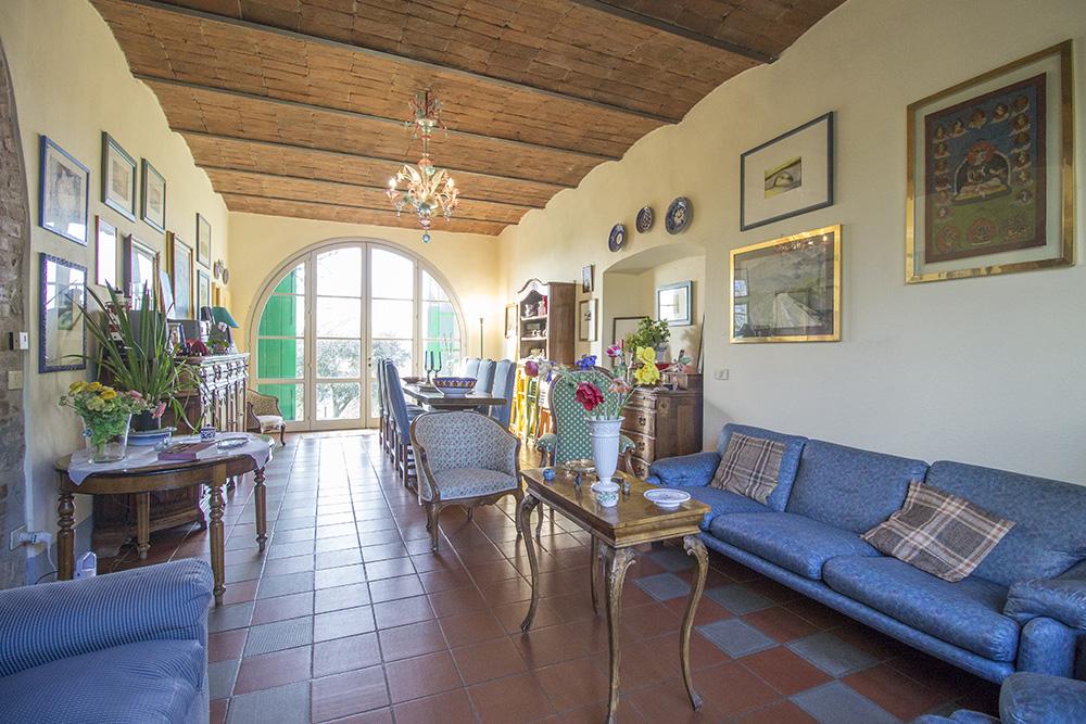 4-Casale-Il-Podere-Farm-Scansano-Maremma-Tuscany-For-sale-farmhouses-country-homes-in-Italy-Antonio-Russo-Real-Estate.jpg
