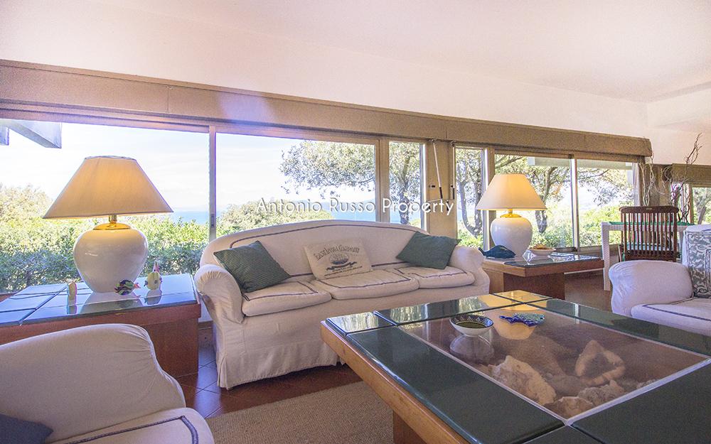 3-For-sale-luxury-villas-Italy-Antonio-Russo-Real-Estate-Villa-Il-Golfo-Punta-Ala-Tuscan.jpg