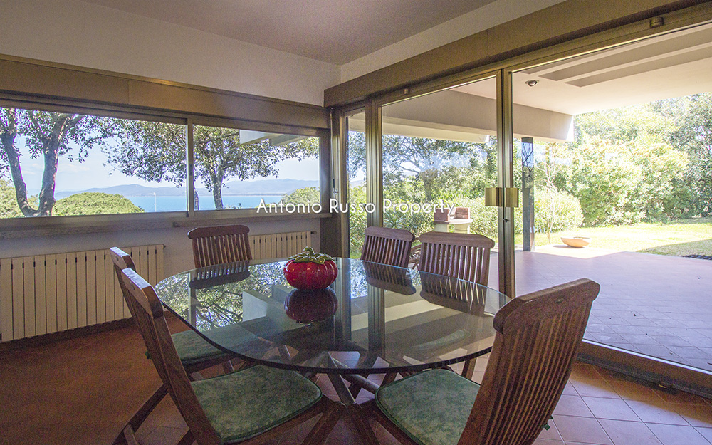 6-For-sale-luxury-villas-Italy-Antonio-Russo-Real-Estate-Villa-Il-Golfo-Punta-Ala-Tuscan.jpg