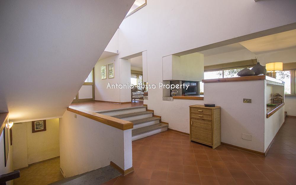 7-For-sale-luxury-villas-Italy-Antonio-Russo-Real-Estate-Villa-Il-Golfo-Punta-Ala-Tuscan.jpg