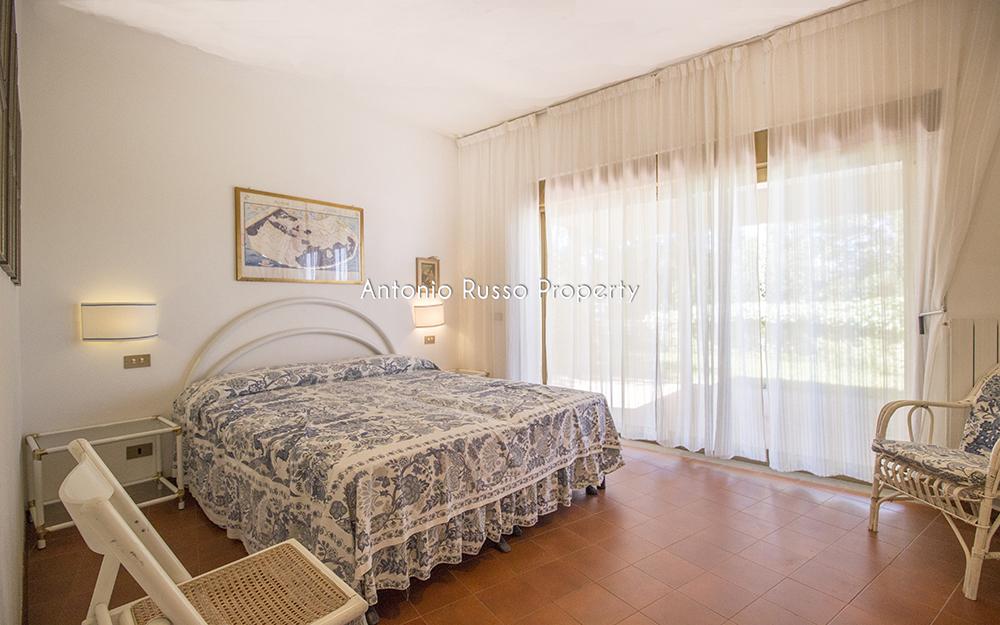 15-For-sale-luxury-villas-Italy-Antonio-Russo-Real-Estate-Villa-Il-Golfo-Punta-Ala-Tuscan.jpg