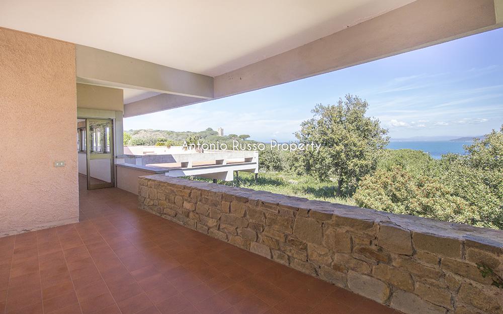 19-For-sale-luxury-villas-Italy-Antonio-Russo-Real-Estate-Villa-Il-Golfo-Punta-Ala-Tuscan.jpg
