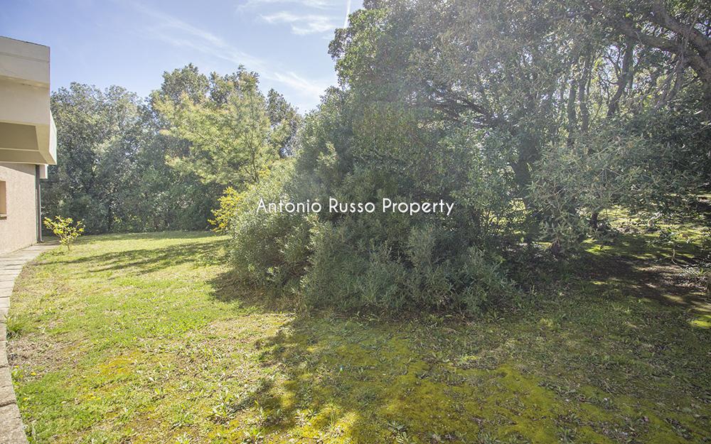 20-For-sale-luxury-villas-Italy-Antonio-Russo-Real-Estate-Villa-Il-Golfo-Punta-Ala-Tuscan.jpg