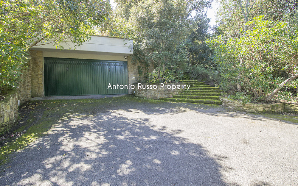 22-For-sale-luxury-villas-Italy-Antonio-Russo-Real-Estate-Villa-Il-Golfo-Punta-Ala-Tuscan.jpg