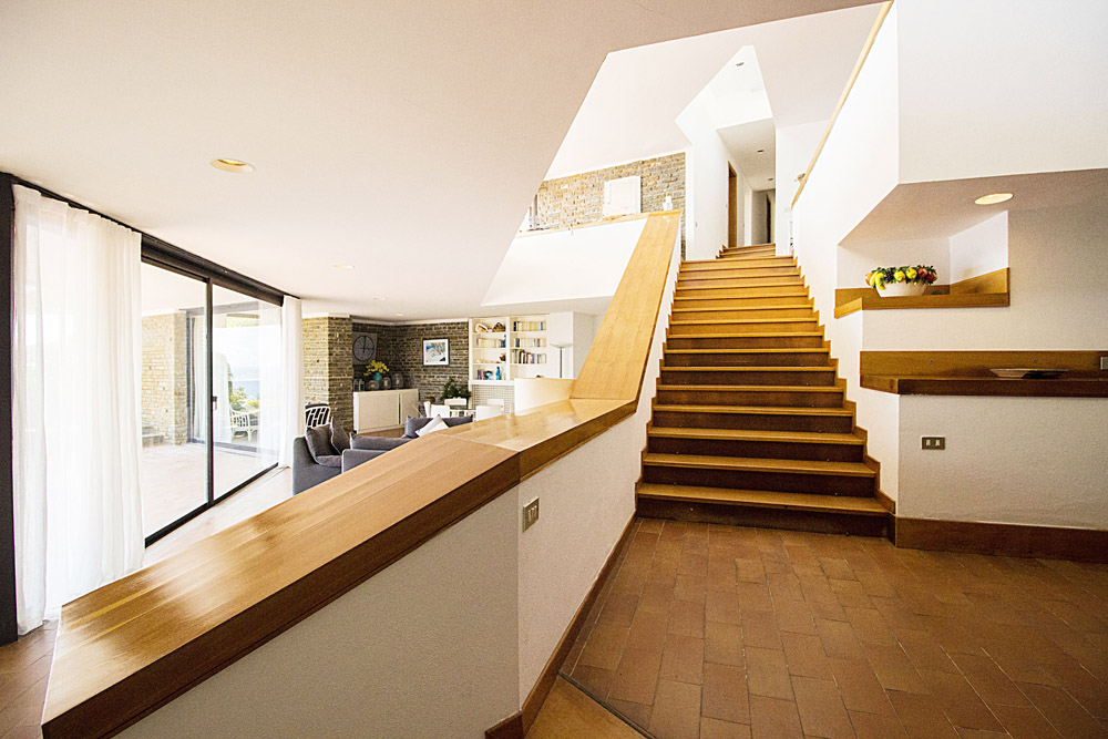 7-For-sale-luxury-villas-Italy-Antonio-Russo-Real-Estate-Villa-La-Perla-Punta-Ala-Tuscany.jpg