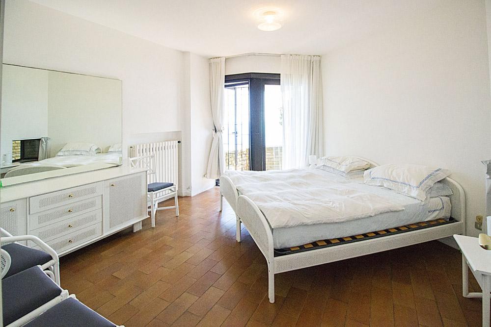 13-For-sale-luxury-villas-Italy-Antonio-Russo-Real-Estate-Villa-La-Perla-Punta-Ala-Tuscany.jpg