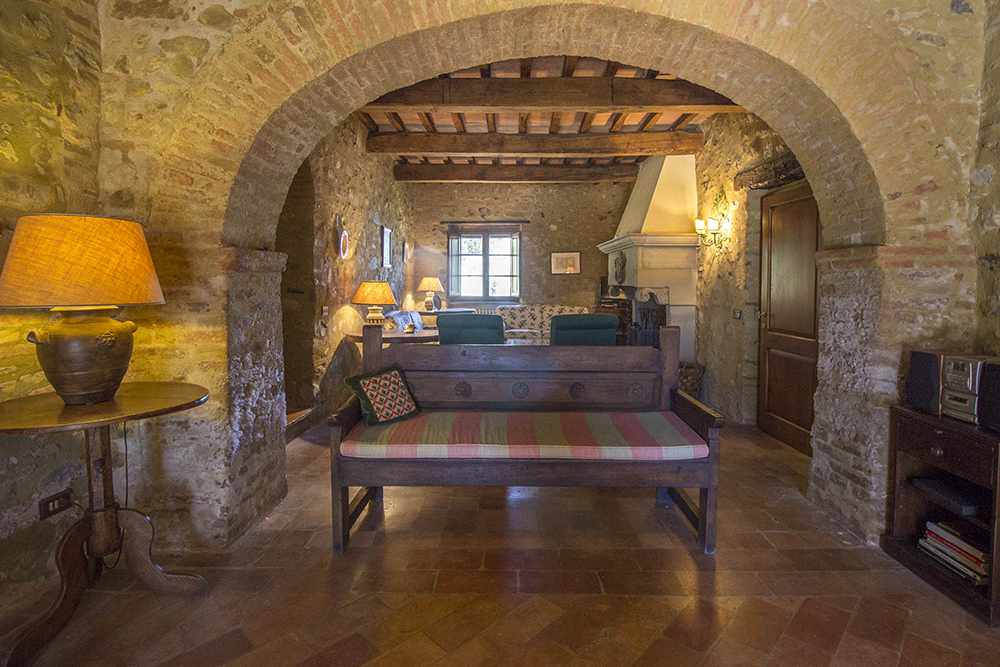 25-For-sale-unique-holiday-stay-Italy-Antonio-Russo-Real-Estate-Borgo-Il-Poeta-Umbria-Accommodation-Facility.jpg