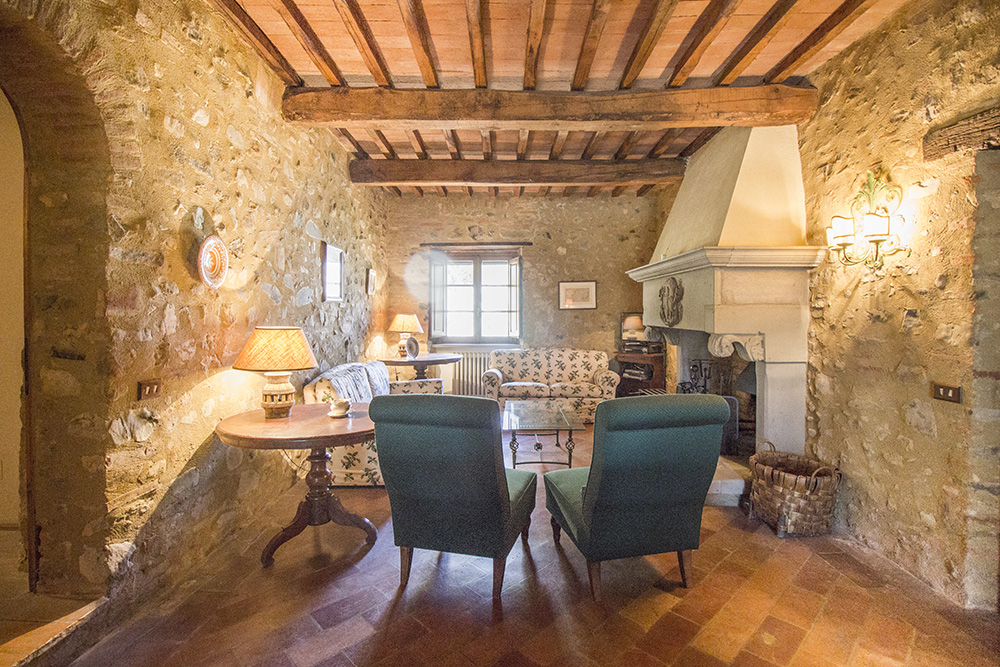 28-For-sale-unique-holiday-stay-Italy-Antonio-Russo-Real-Estate-Borgo-Il-Poeta-Umbria-Accommodation-Facility.jpg