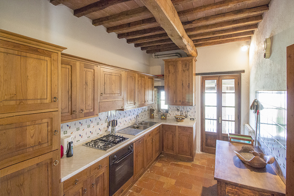 33-For-sale-unique-holiday-stay-Italy-Antonio-Russo-Real-Estate-Borgo-Il-Poeta-Umbria-Accommodation-Facility.jpg